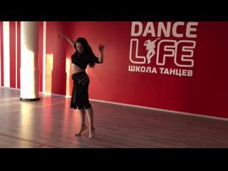 Уроки восточных танцев в Курске.  Марина Лунева. Школа танцев Dance Life