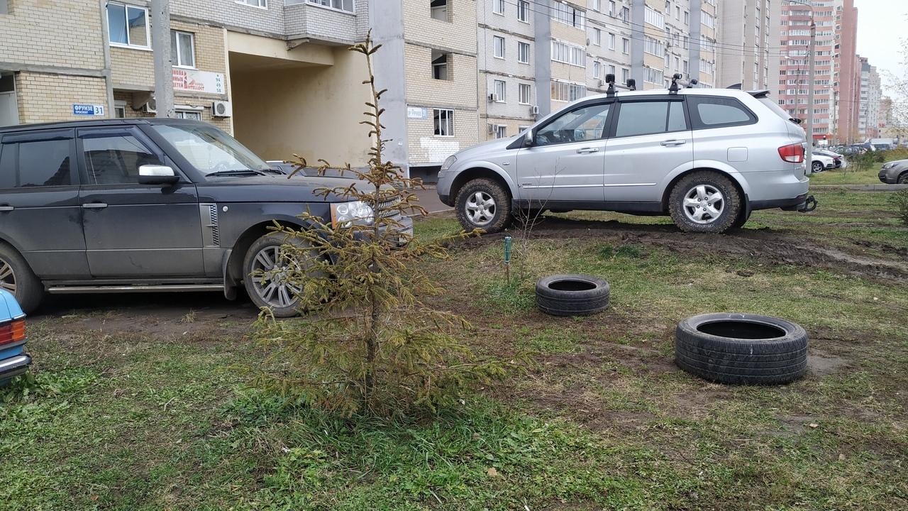 В Брагино жуткие подъезды, на Фрунзе — плохие дворы. Что ярославцам не нравится в городе