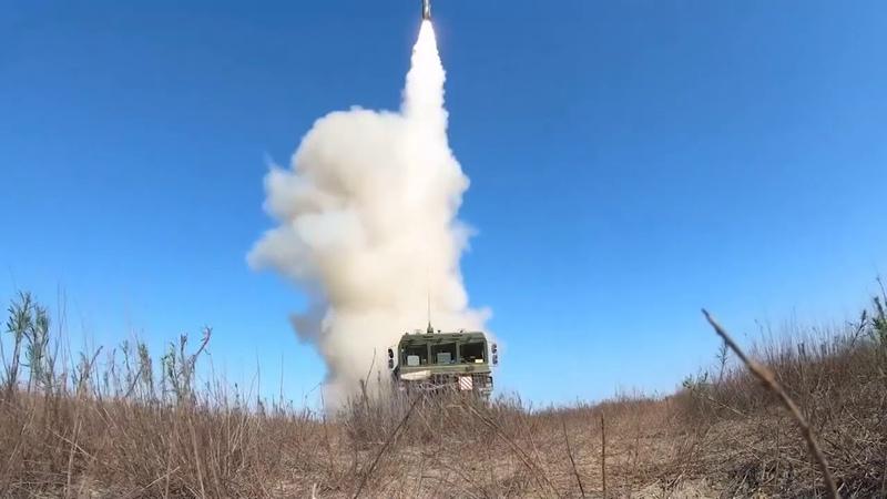 Пуски ракет БРК «Бастион» по морской мишени в ходе СКШУ «Кавказ-2020»
