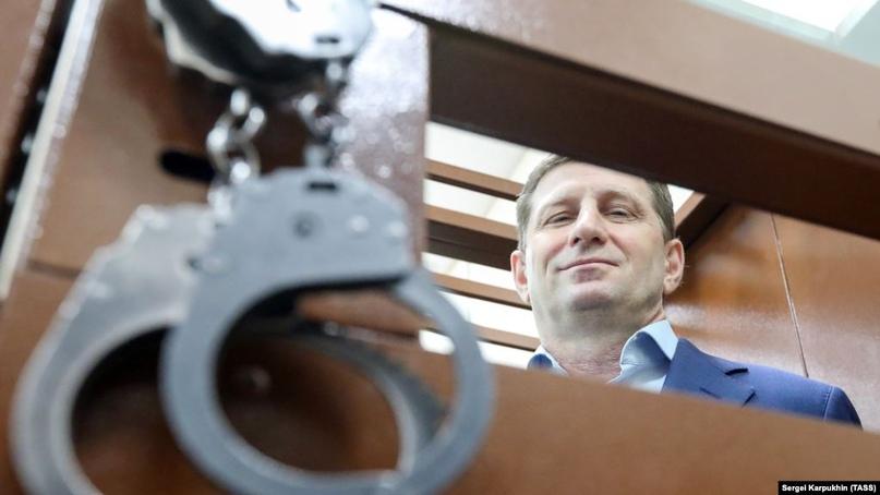 Суд отказался рассматривать иски к Путину из-за увольнения Фургала
