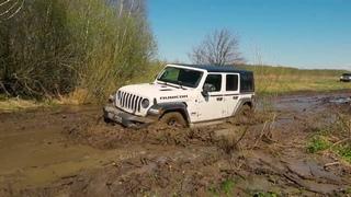 Jeep Wrangler Rubicon,  Renault Duster, Nissan Terrano, Нивы на пути к Гремучему ручью.