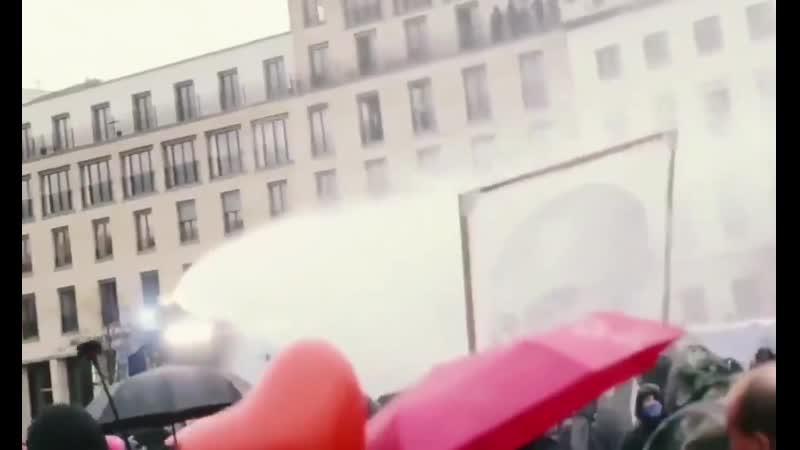 Gesichter von Berlin Ein sehr emotionaler Film Sollte sich jeder Polizist ansc HD mp4