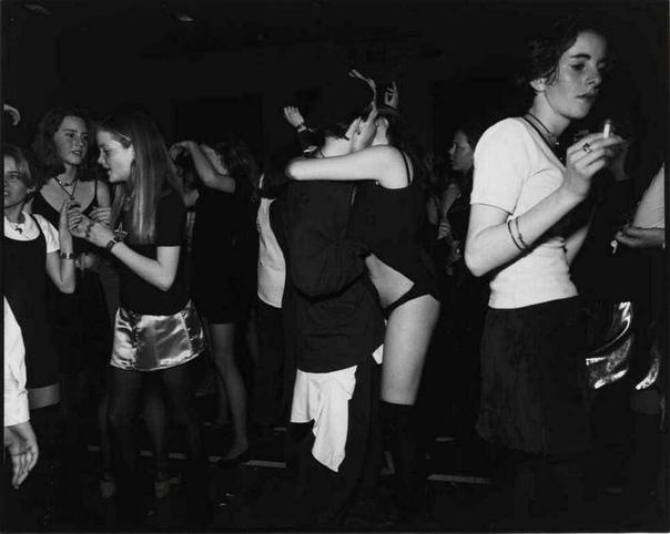 «Агония и экстаз» фотоцикл Боба Карлоса Кларка, ирландско-британского фотографа 1994г.