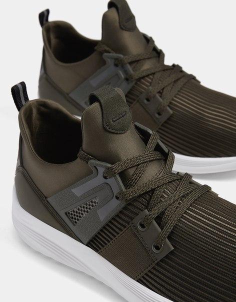 Комбинированные мужские кроссовки из высокотехнологичной ткани