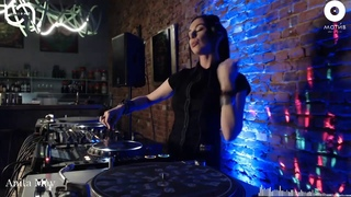Anita May - U-NIGHT at МОТИВ CREW