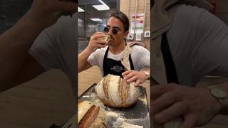Salt bae is baking homemade bread 🥖 Nusret ,Nusr et #saltbae   Солонка выпекает домашний хлеб 🥖