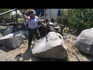 En las faldas del volcán Popocatépetl así transforman la piedra volcánica
