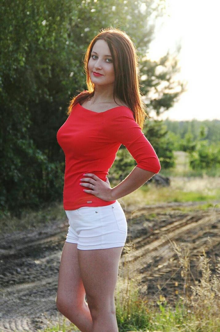 Познакомиться с бисексуальной девушкой