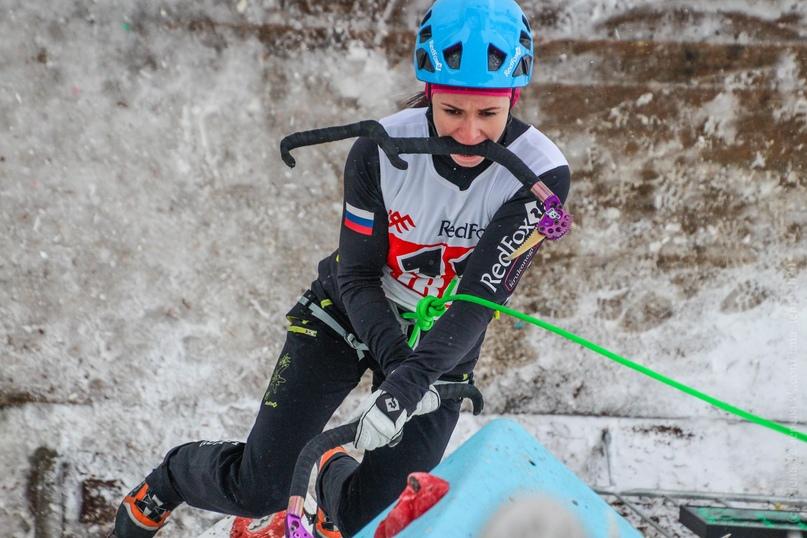 Главные отечественные ледолазные старты сезона финишировали в городе Кирове в минувшие выходные – чемпионат и первенство России по альпинизму. Всем было что доказывать и что терять…, изображение №66