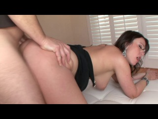Amateur Allure - Jennifer White introducing
