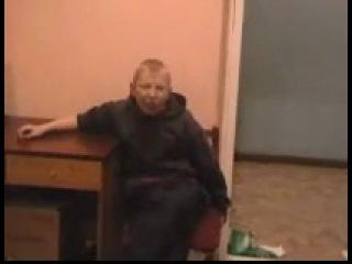 14 летний мальчик матерится в отделении милиции