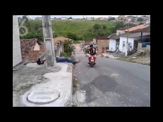 Прикол на мотоцикле