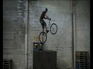 Raw Concrete - Vincent Hermance - A K-124 2009 Special