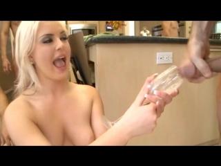 Andi anderson (feeding frenzy - cum swallow scenes) безумное кормеление спермой