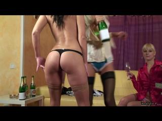 Nessa devil, rachel evans lena cova bimbo waitresses wet champagne show
