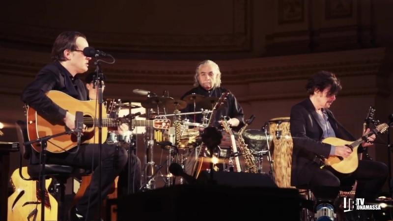 Joe Bonamassa - Song of Yesterday - Live at Carnegie Hall- An Acoustic Evening