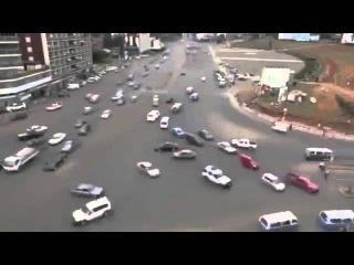Эфиопский перекресток. Без светофоров и разметки