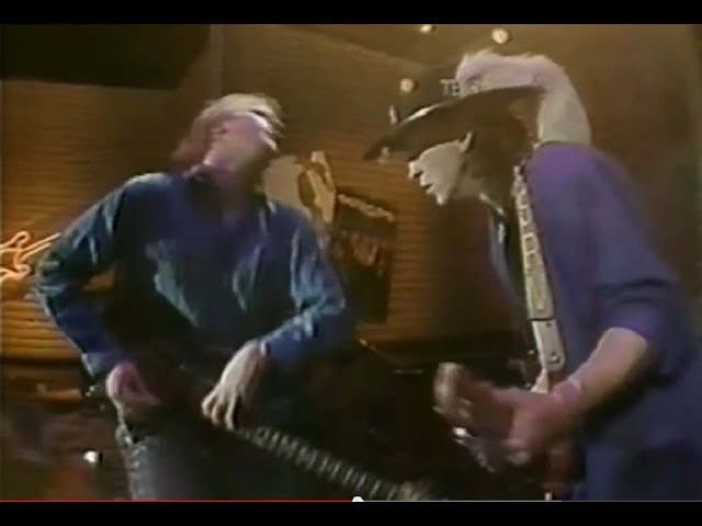 Stevie Ray Vaughan Jeff Healey 'Look At Little Sister'