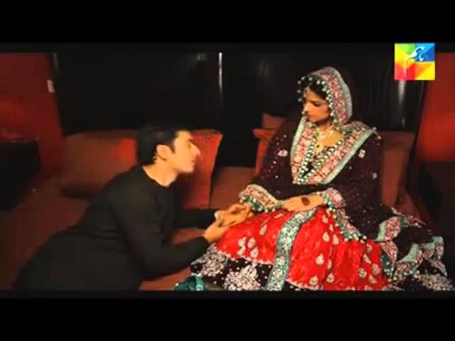 Zaroon Kashaf's nikah bedroom wedding night scene Zindagi Gulzar Hai Episode 18