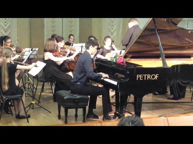 Композитор Ю Полунин Концертино для фортепиано с оркестром За роялем Михаил Неница