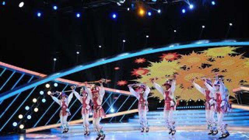 Căluşarii au ajuns pe scena Next Star Ansamblul Codruleţ îi impresionează pe cei patru juraţi