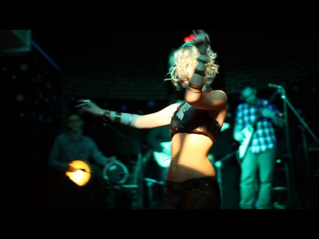 Polina Panova dancing tribal fusion at Voladorez concert 2017
