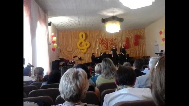 Неземний вокал прозвучав у музичній школі №5 під час концерту на честь 45 річчя цього закладу
