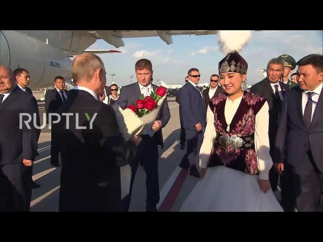 Кыргызстан Путин принял Премьер-Министр Жээнбеков впереди саммита СНГ.