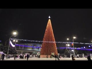 Новая барнаульская городская елка (à la московская) на пл. Сахарова. Видеоролик 4