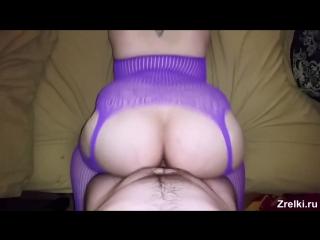 Зрелую соседскую мамашу в чулках жестко трахают в попу Домашнее порно Old mature mommy in stockings. Sexy butt