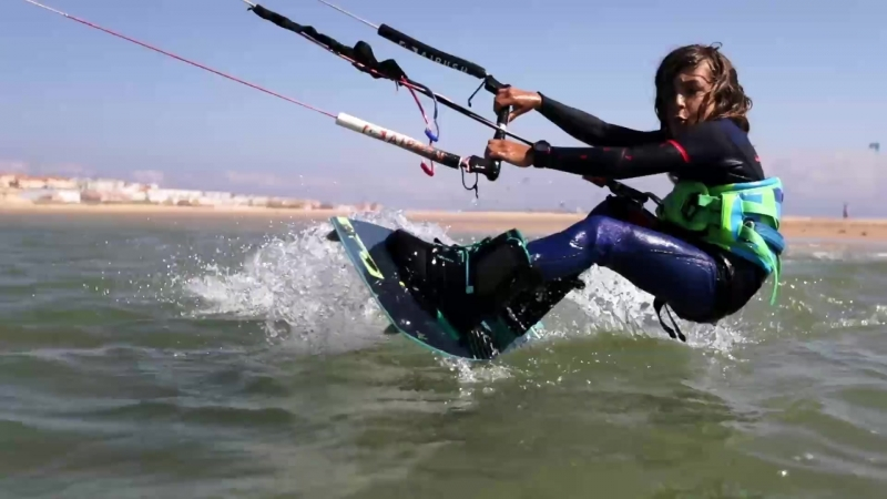 Airush Kiteboarding - Livewire Junior Ft. Alvaro Pastor