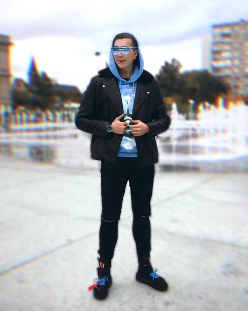 Максим Филипин, видеоблогер