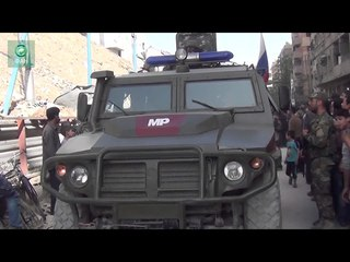 Сирия: ФАН публикует видео передвижения колонны российской военной полиции в городе Дума