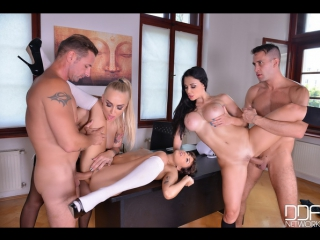 Kayla green, aletta ocean porn orgy with teachers and students in the college after lesson