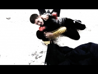 ❌_hooligans fight_ ❌|person zigzag|_
