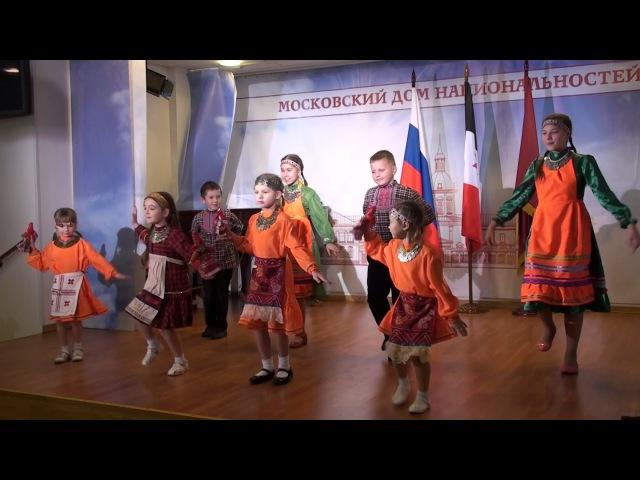 Удмуртский танец. День государственности Удмуртии в Москве 2017