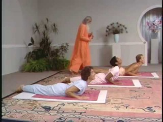 HATHA YOGA LEVEL 1