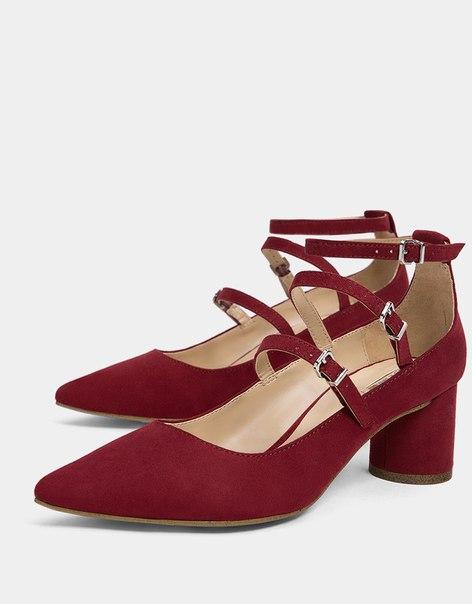 Туфли с ремешками, на среднем каблуке