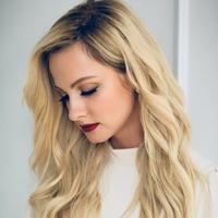 Полина Максимова фото