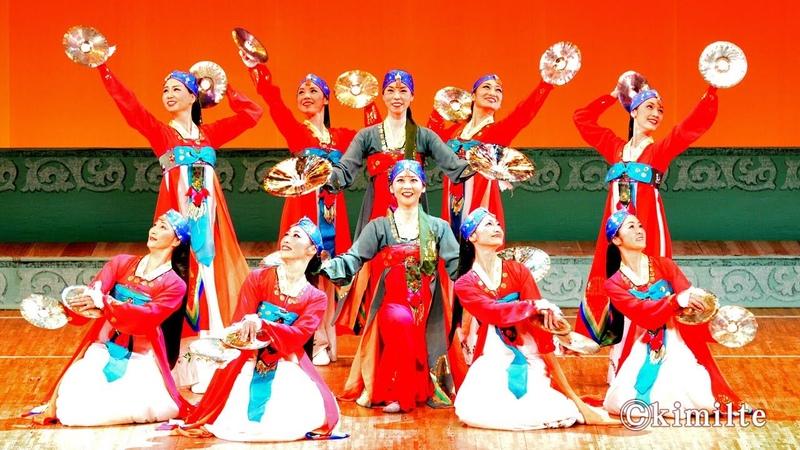 朝鮮舞踊 踊る舞姫達 조선무용 《춤추는 무희들》 2013 11