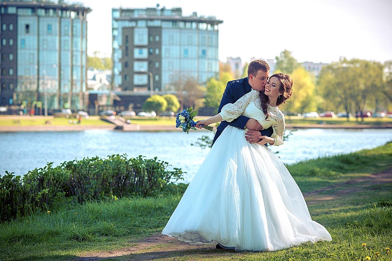 ищу начинающего фотографа на свадьбу