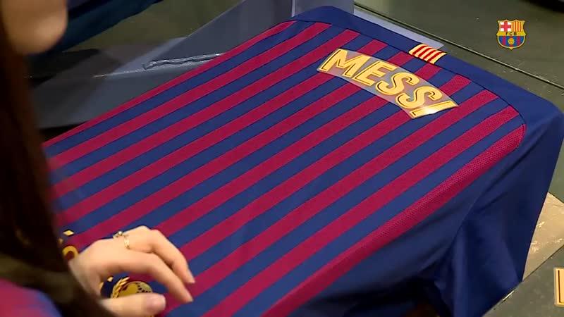 Барселона выйдет на матч против Реала в футболках с иероглифами