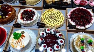 Завтрак в Патрик & Мари в Краснодаре. Дениш с кленовым сиропом. Красивые торты. Февраль в Краснодаре