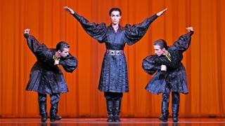 Калмыцкий танец. Балет Игоря Моисеева.