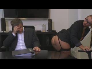 European sex in the office(порно, milf)