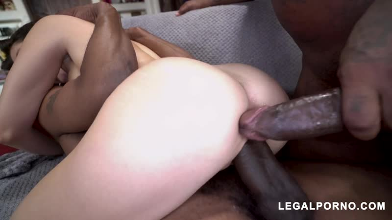 Jane Wilde with ass better than pussy is back tacking two BBC with perfect gape Sex Секс Порно