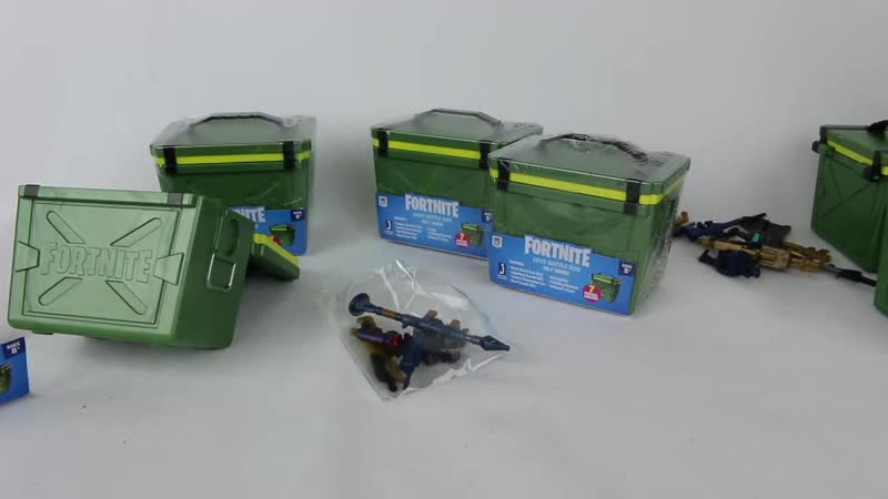 Hassan Ahmed Fortnite Loot Battle Boxes for 4 Figures Unboxing Review