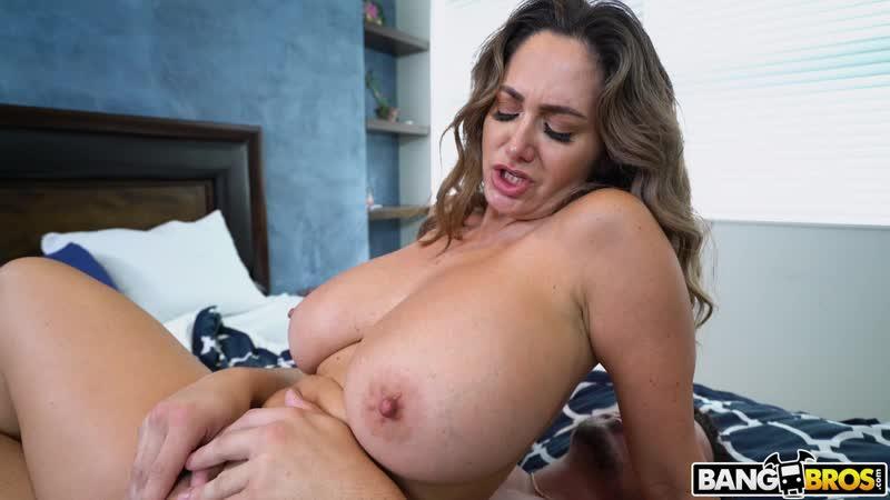 Ava Addams (Super Busty Roommate Fucked) [2019, white,pornstar,cumshot,big ass,milf,tits,busty,booty,cougar,vaginal, HD 1080p]