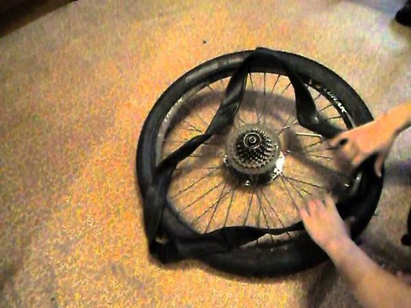 Как разбортировать и забортировать колесо на велосипеде