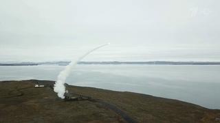 """Зенитчики Северного флота провели первые стрельбы из арктических ракетных комплексов """"Тор""""."""